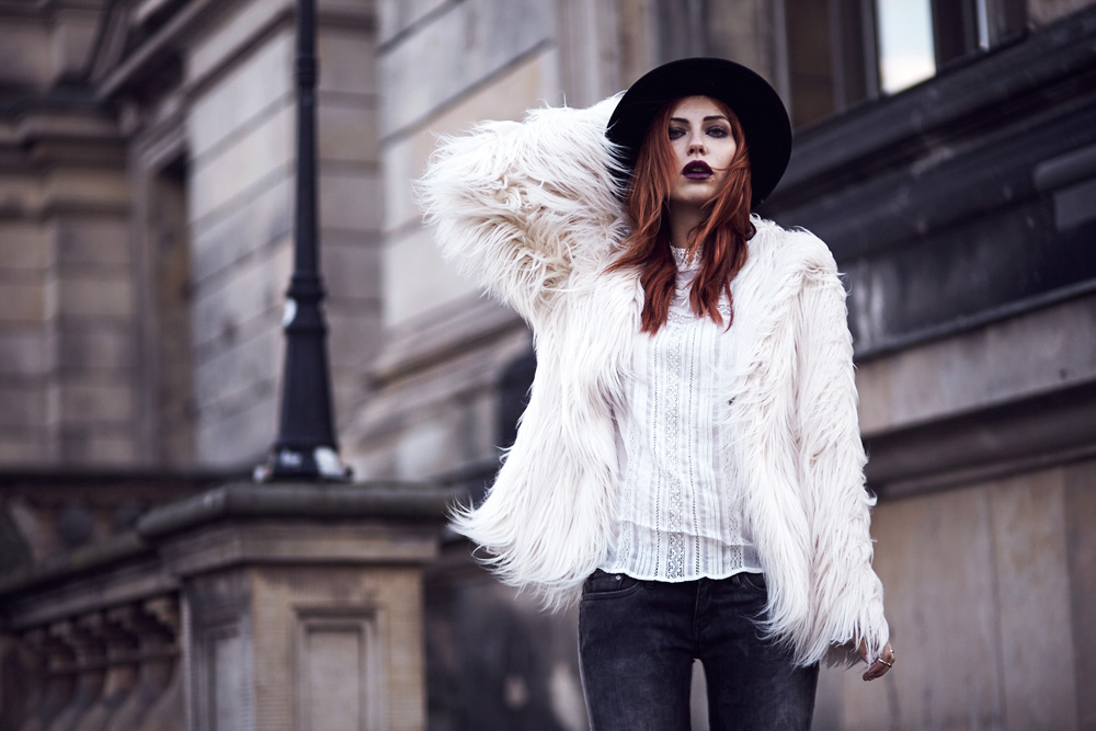 fake-fur-pepe-jeans-coat-white-masha-sedgwick-berlin-71