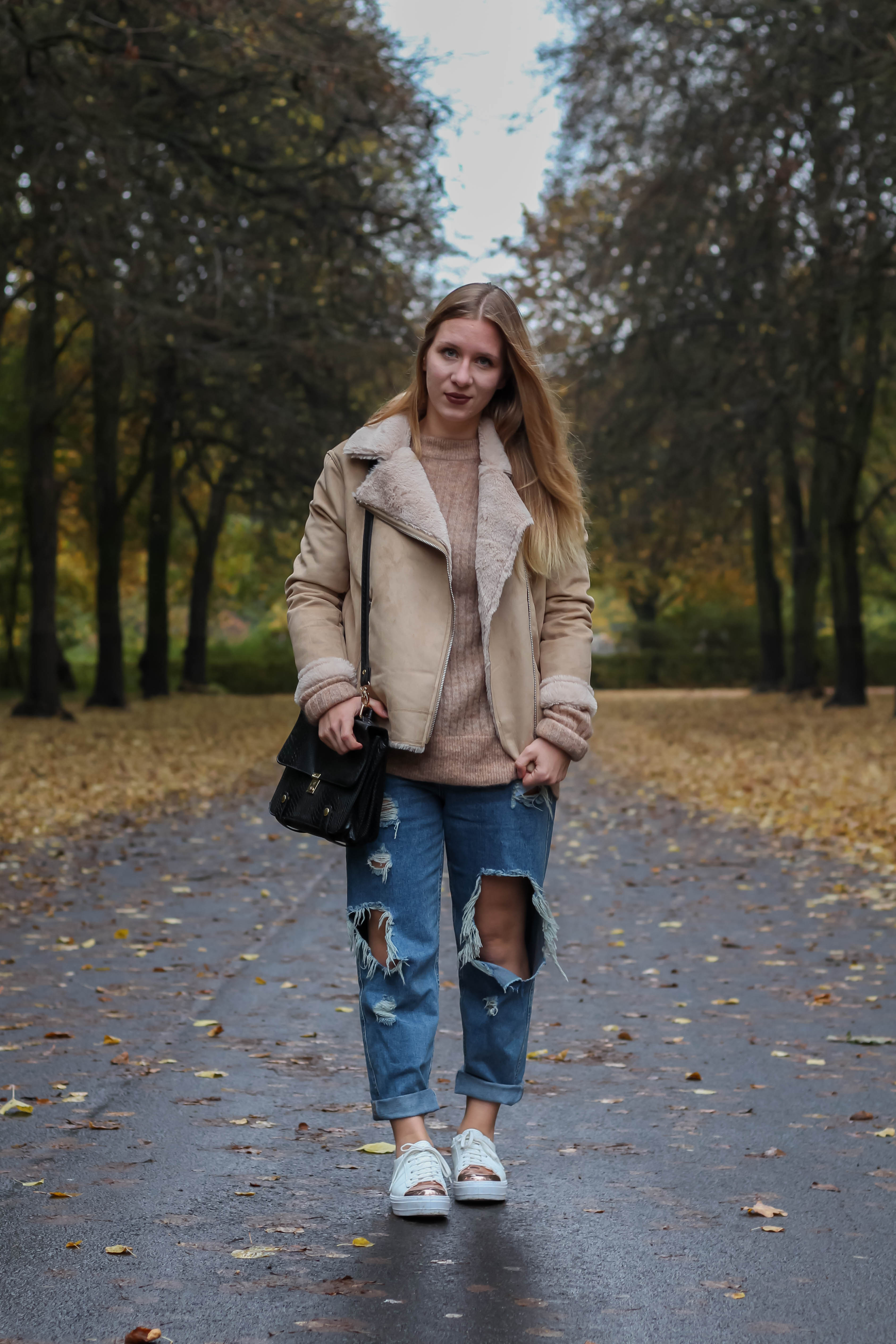 Felljacke Mom Jeans Asos Herbst Outfit Fashionblog