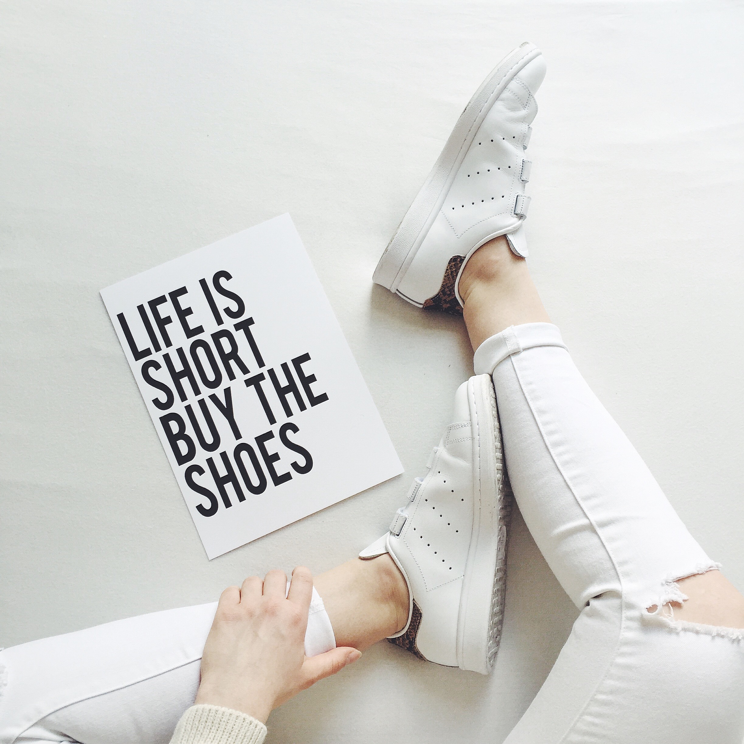 Life is short buy the shoes Projekt Stil Postkarte Poster Print Adventskalender